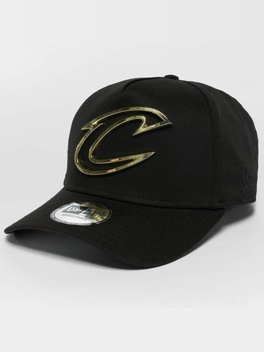 New Era Trucker Caps Metal Badge Cleveland Cavaliers A-Frame čern