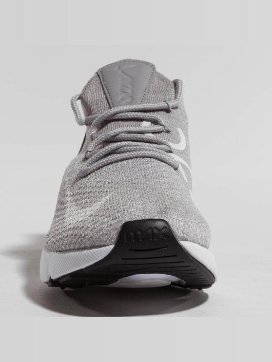 Nike Сникеры Air Max 270 Flyknit серый