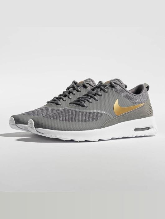 Nike Сникеры Air Max Thea J серый