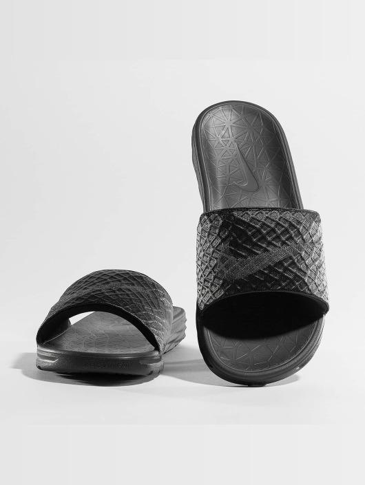 Nike Badesko/sandaler Benassi Solarsoft Slide svart