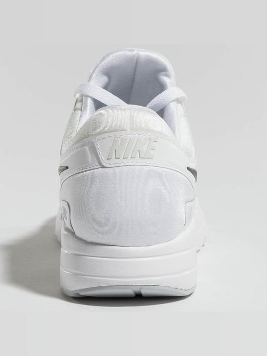 Nike Baskets Air Max Zero Essential S blanc