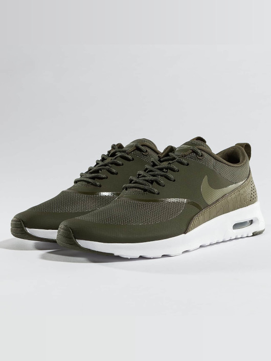 huge discount a3244 14eb0 ... Nike Baskets Air Max Thea kaki ...