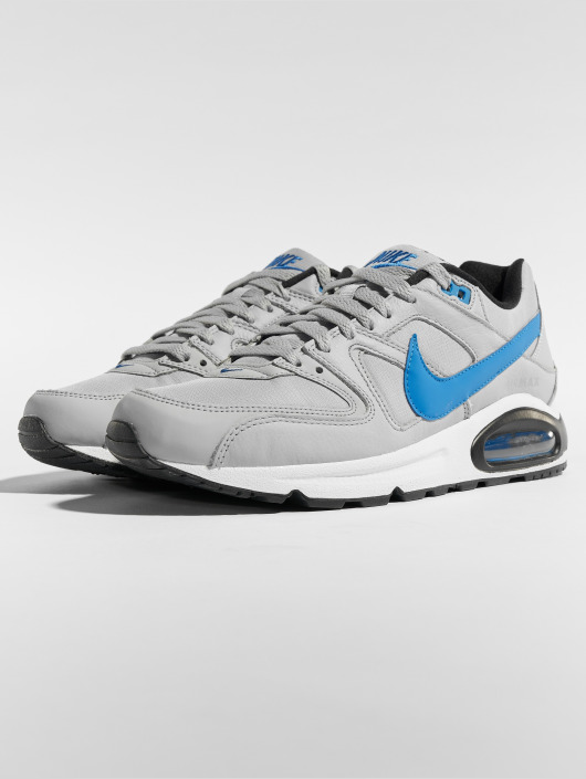 best cheap fe11f 7c3fc ... Nike Chaussures de fitness Air Max Command gris ...