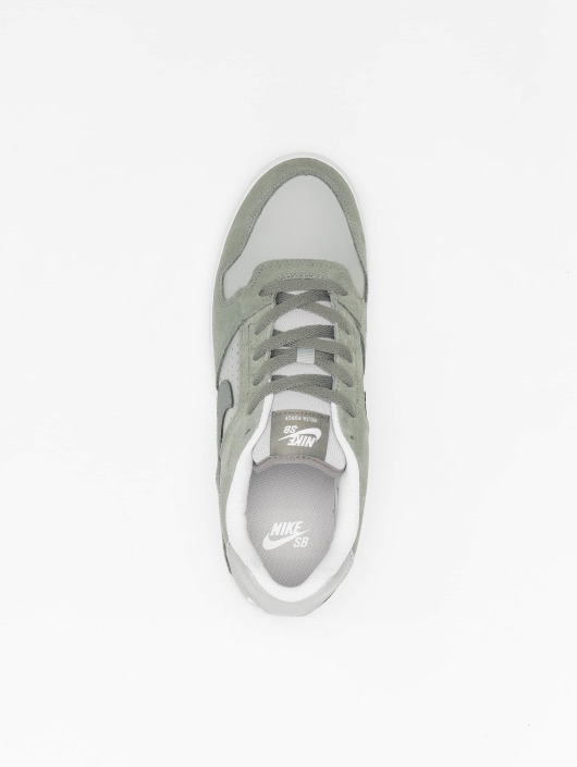 Nike SB Baskets SB Delta Force Vulc Skateboarding gris