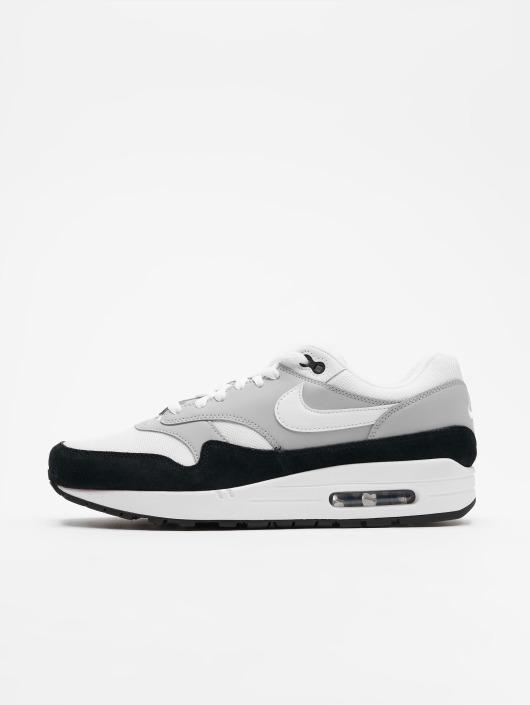 Nike Herren Sneaker Air Max 1 in grau 442679 e81bb51a3a