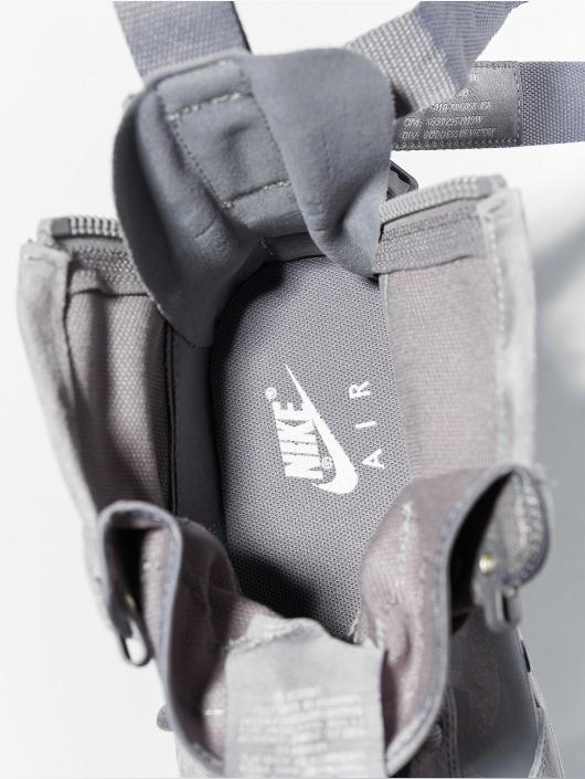 Nike Sneakers Sf Air Force 1 Mid šedá