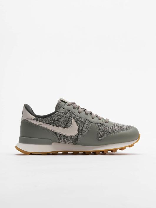 Nike Sneakers Internationalist green