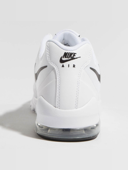 Nike Sneakers Air Max Invigor white