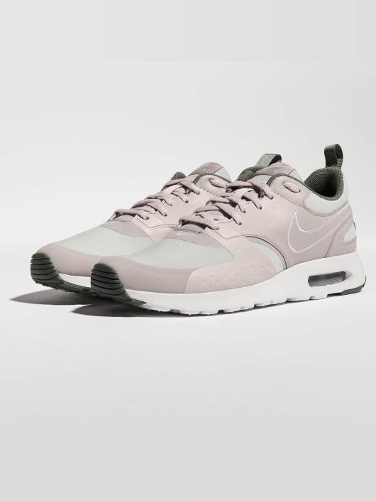 07cbb7b1d446 ... Nike Tennarit Air Max Vision SE beige ...