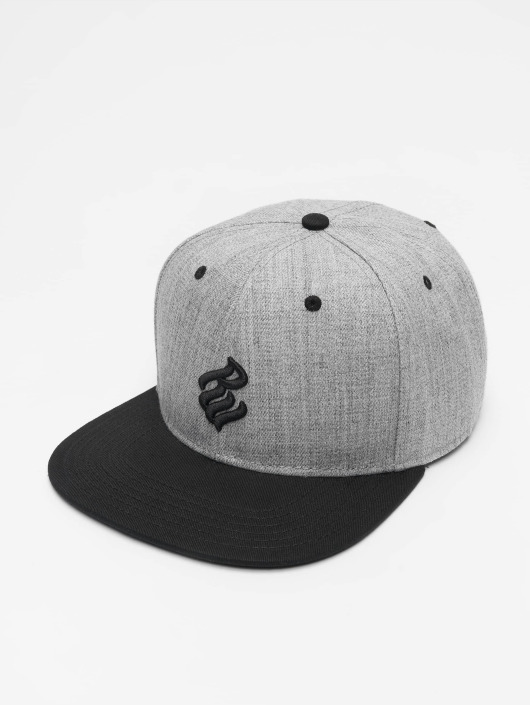 Rocawear Snapback Cap Tam schwarz
