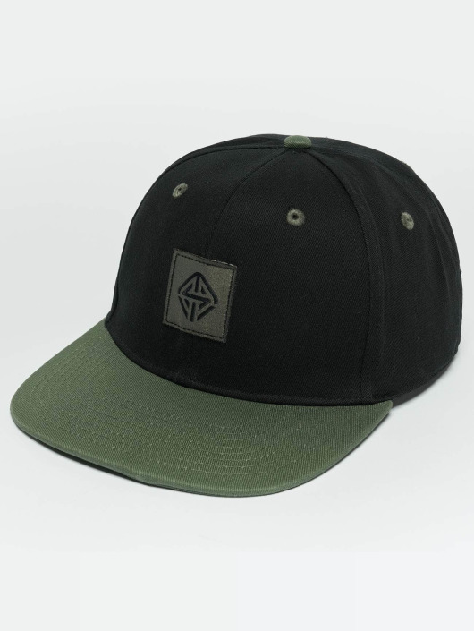 TrueSpin Snapback Cap Next Level schwarz