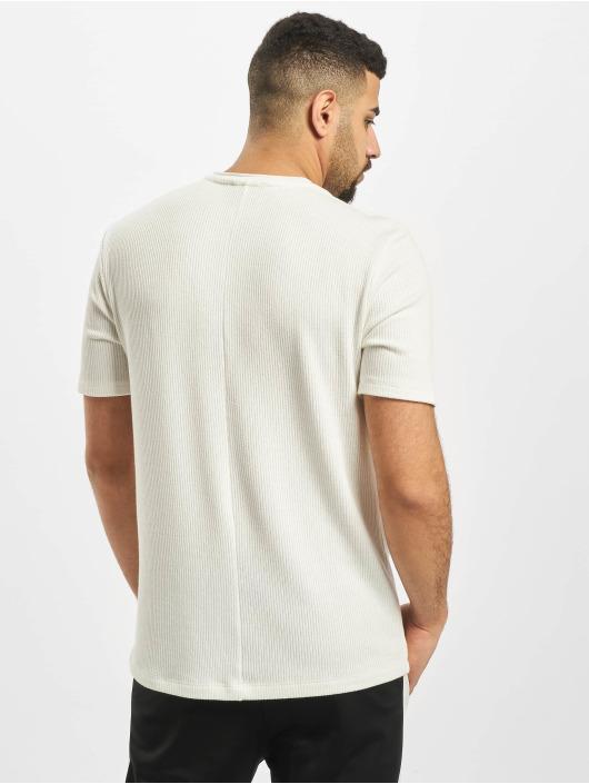 Aarhon Camiseta Adrian blanco