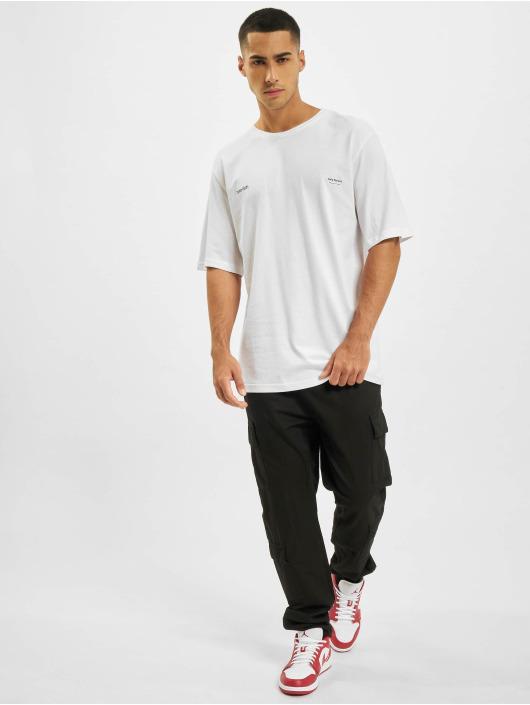 Aarhon Camiseta Moon blanco