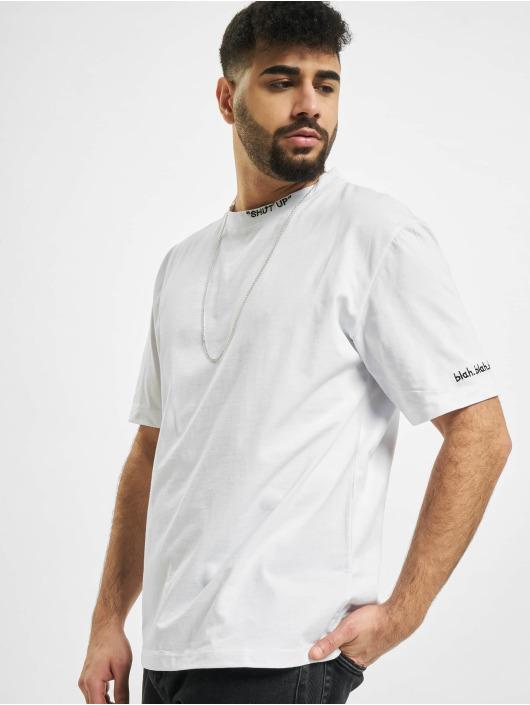 Aarhon T-paidat Shut Up valkoinen