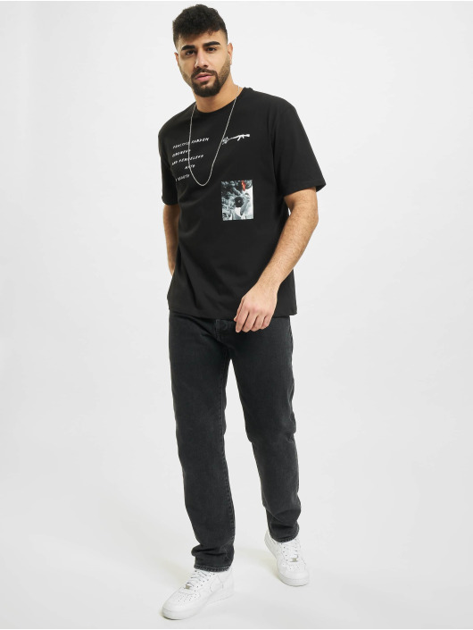 Aarhon T-shirt Random svart