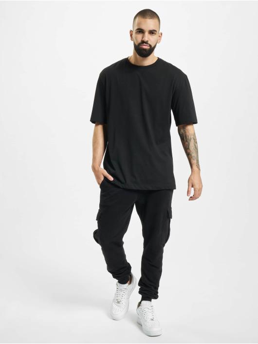 Aarhon t-shirt Fearless zwart