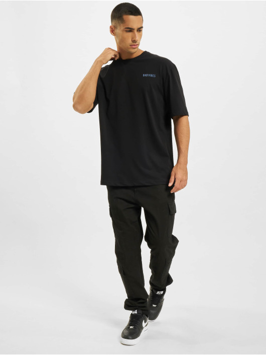 Aarhon T-Shirty Bad Vibes czarny