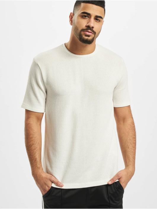 Aarhon T-skjorter Adrian hvit