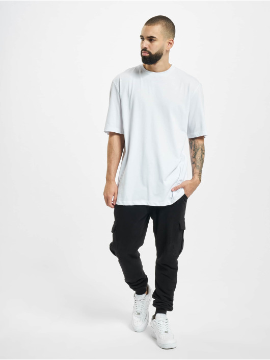 Aarhon T-skjorter Fearless hvit