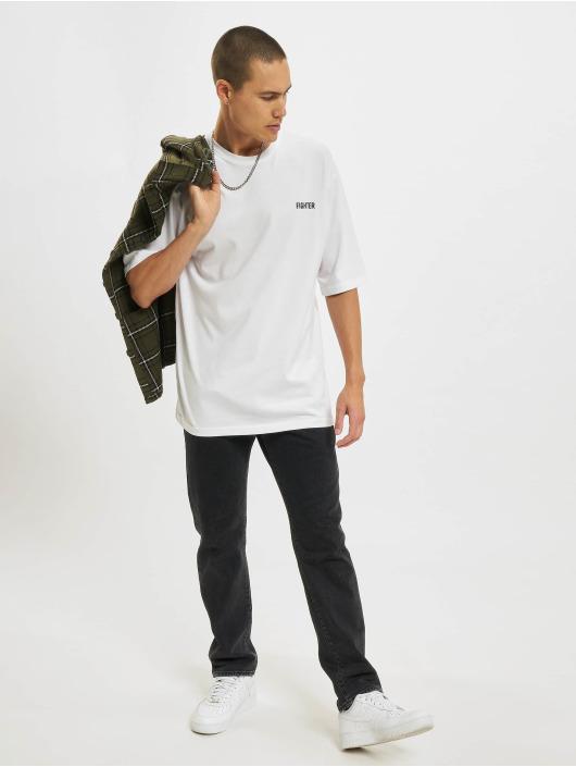 Aarhon T-skjorter Fighter hvit