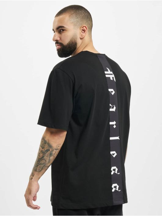 Aarhon T-skjorter Fearless svart