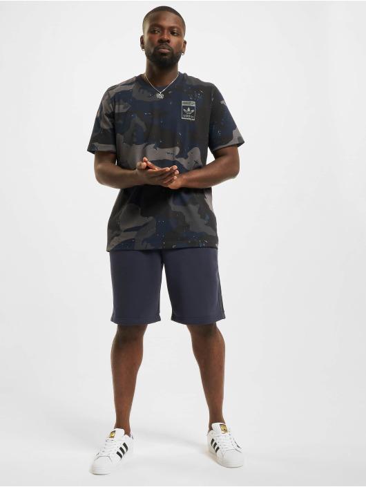 adidas Originals Šortky Camo modrá