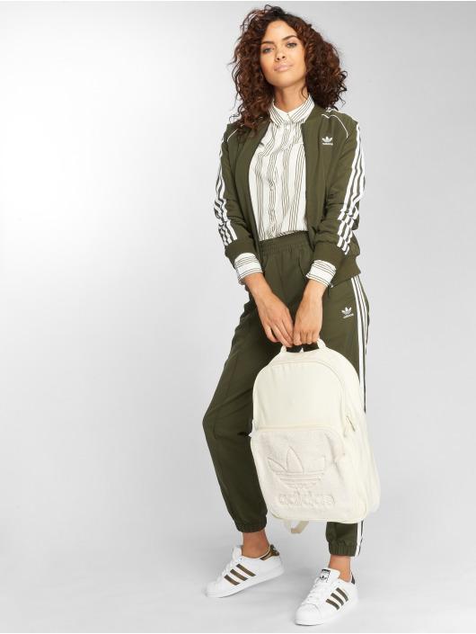 adidas originals Демисезонная куртка Sst Tt Transition оливковый