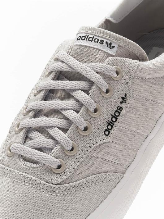 adidas Originals Сникеры 3MC серый
