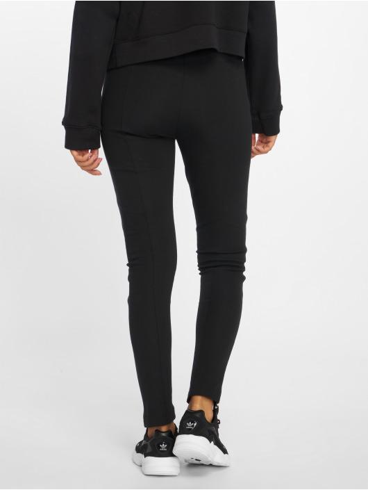 adidas originals Спортивные брюки Track Pant черный