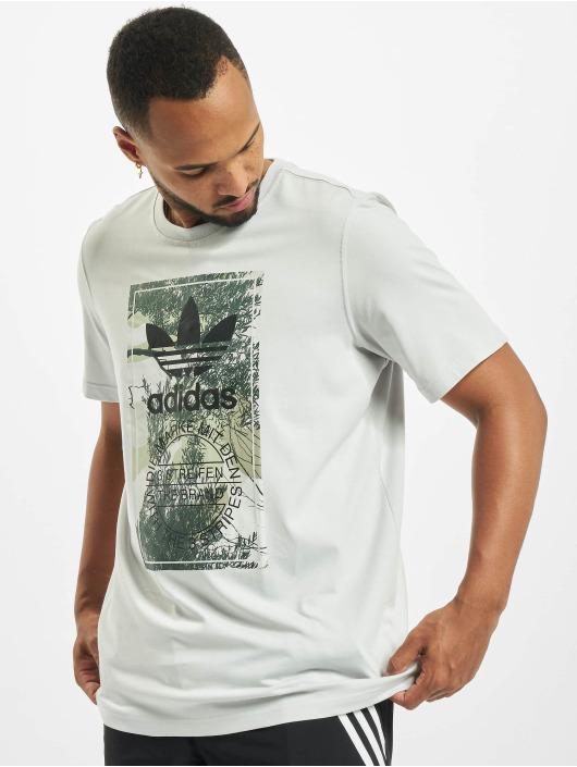 adidas Originals Футболка Camo Tongue серый