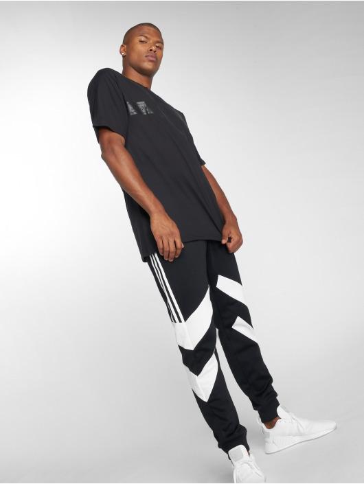 adidas originals Футболка Nmd черный