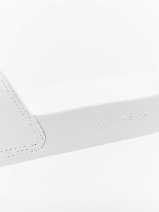 adidas Originals Шлёпанцы Adilette белый