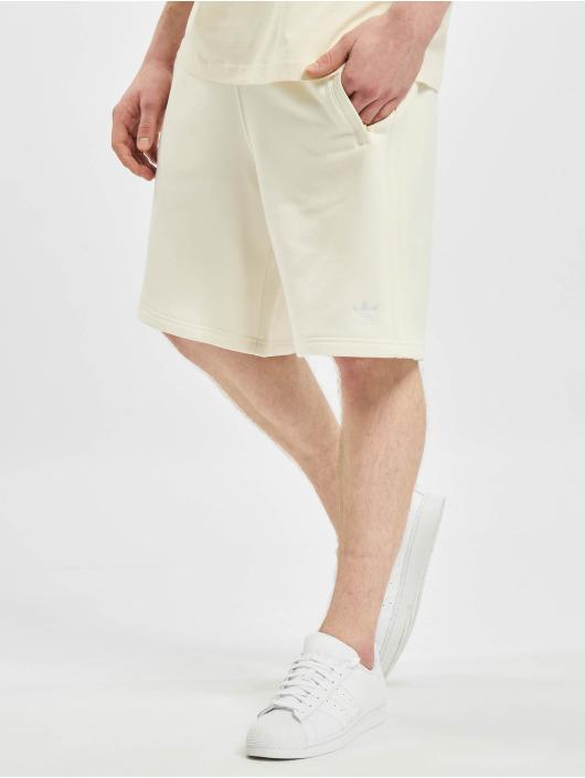 adidas Originals Шорты 3-Stripes бежевый