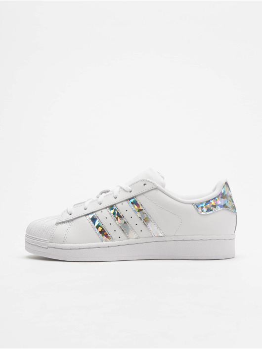 7755ac980bc8 ... adidas originals Baskets Superstar J blanc ...