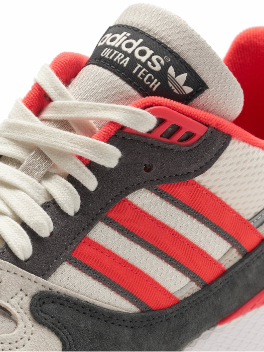adidas originals Baskets Ultra Tech blanc