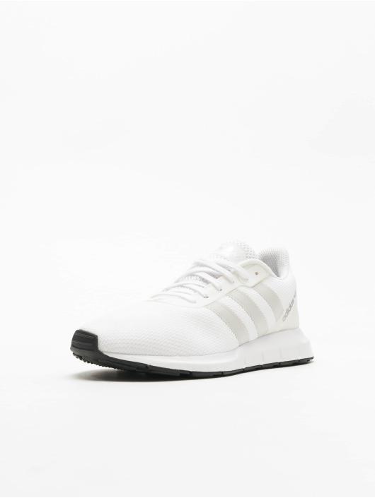 adidas Originals Swift Run RF Sneakers Ftwr WhiteGrey OneCore Black