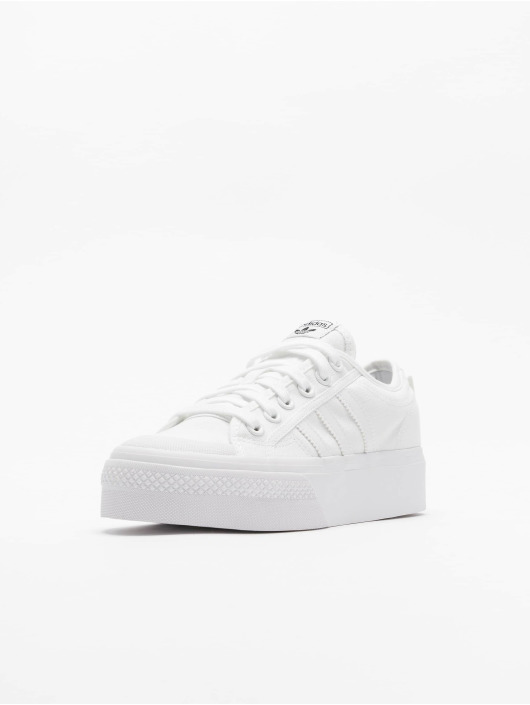 adidas Originals Baskets Nizza Platform blanc