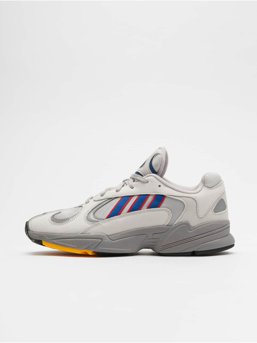 adidas originals Baskets Yung-1 Sneakers Gretwo/Croyal/Scarle gris