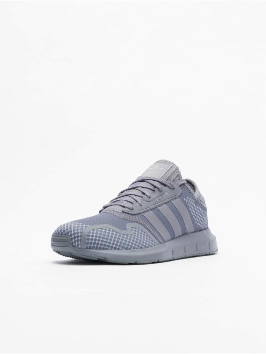 adidas Originals Baskets Swift Run X gris