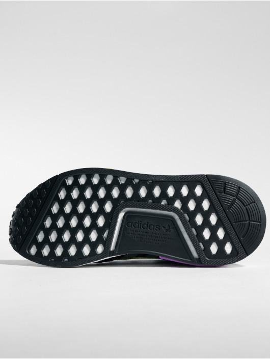 Nmd 498560 Adidas r1 Baskets Homme Noir Originals 4Rq5LA3j