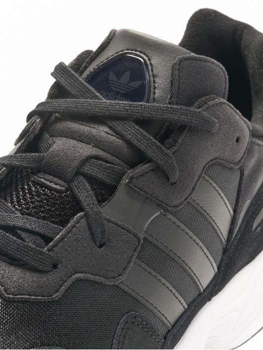 adidas originals Baskets Yung-96 noir