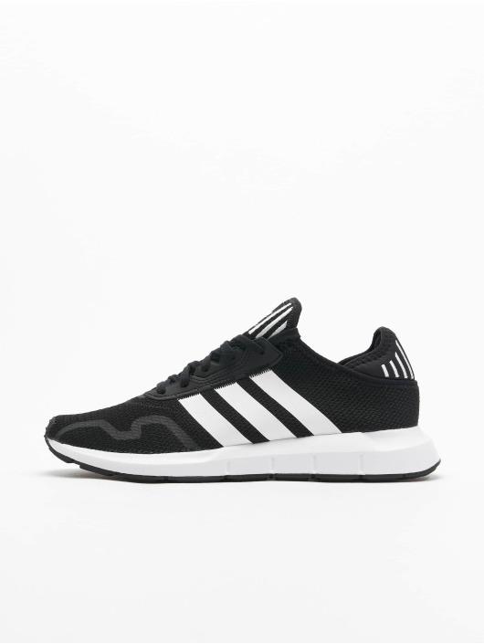 adidas Originals Baskets Originals Swift Run X noir