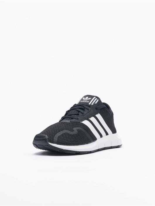 adidas Originals Baskets Swift Run X C noir