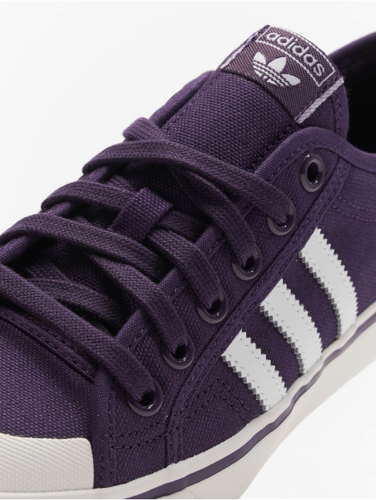 adidas originals Baskets Nizza W pourpre