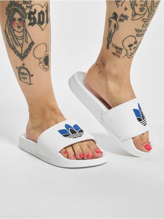 adidas Originals Claquettes & Sandales Lite Adilette blanc