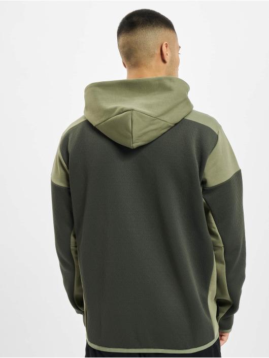 adidas Originals Hoodies con zip ZNE Aerordy oliva