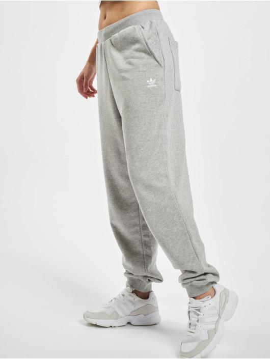 adidas Originals Joggingbyxor Cuffed grå