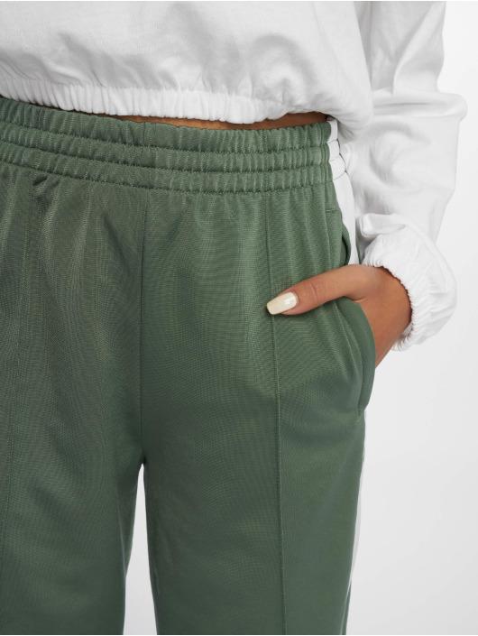 adidas originals Jogginghose Adibreak grün