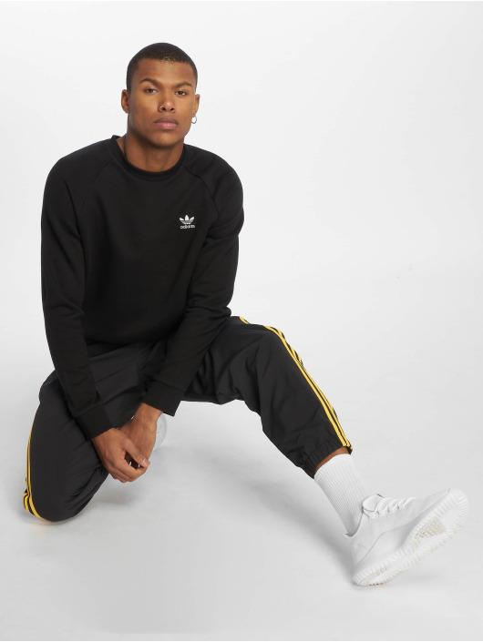 adidas originals Jumper Essential black