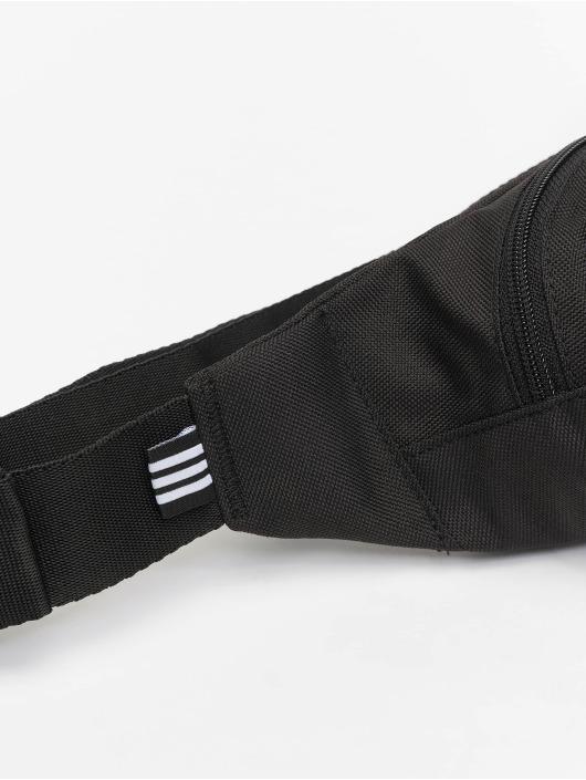adidas Originals Kabelky Essential èierna